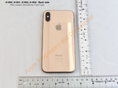 "Apple Garap iPhone X Varian Warna ""Gold"""